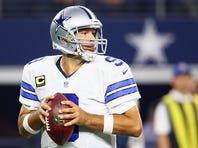 ARLINGTON, TX - SEPTEMBER 13:  Tony Romo #9 of the Dallas Cowboys at AT&T Stadium on September 13, 2015 in Arlington, Texas.  (Photo by Ronald Martinez/Getty Images)