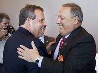 Chris Christie and Paul LePage hold town hall meeting in Dover NH