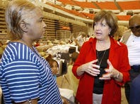 Louisiana Governor Kathleen Blanco talks with Verlinda Wagner as Blanco visits the shelter in the Cajundome on Saturday 9/17/05 in Lafayette Louisiana.