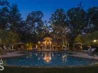 PHOTOS: Tom Glavine's home for sale