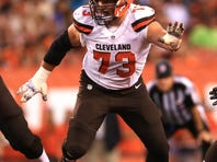 The Cleveland Browns will be represented at the 2016 Pro Bowl by offensive linemen Joe Thomas (pictured) and Alex Mack.