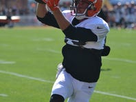 Cleveland Browns wide receiver Brian Hartline continues to build chemistry with quarterback Josh McCown.