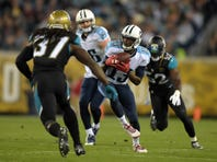 Dec 18, 2014; Jacksonville, FL, USA; Tennessee Titans receiver Kendall Wright (13) catches a pass against the Jacksonville Jaguars at EverBank Field. Mandatory Credit: Kirby Lee-USA TODAY Sports