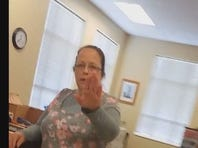 Rowan County clerk Kim Davis has been ordered by the court to resume issuing marriage licenses.