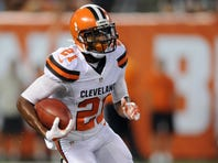 Aug 13, 2015; Cleveland, OH, USA; Cleveland Browns cornerback Justin Gilbert (21) runs back a kickoff during the first half against the Washington Redskins in a preseason NFL football game at FirstEnergy Stadium. Mandatory Credit: Ken Blaze-USA TODAY Sports
