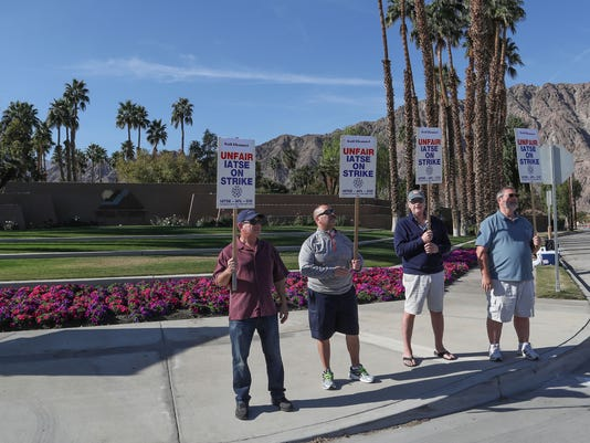 636518129257240013-careerbuilder-2018-picketers.jpg