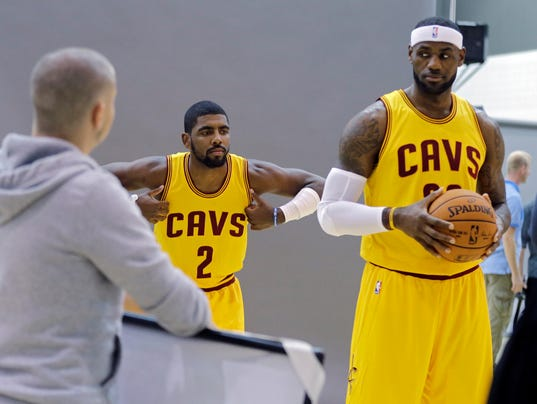 MNCO 1002 LeBron has moved on from Miami's dead weight.jpg