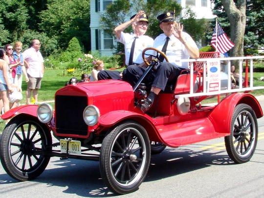 2010 - Memorial Day Parade -- Sam Wilson Charles Alpaugh