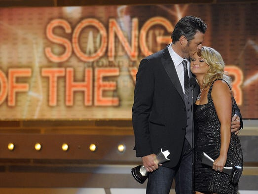 Blake Shelton and Miranda Lambert celebrate their win