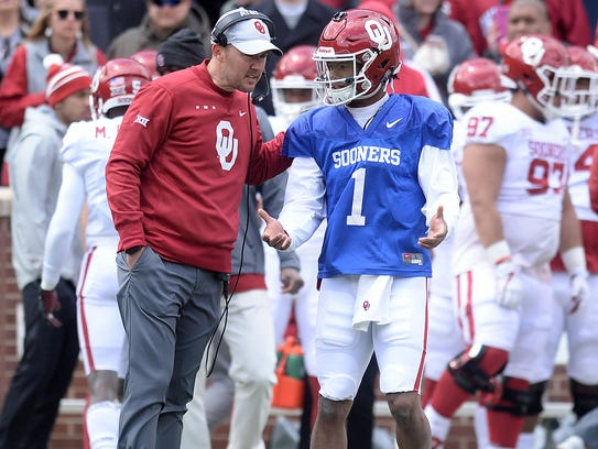 Oklahoma Sooners head coach Lincoln Riley and quarterback