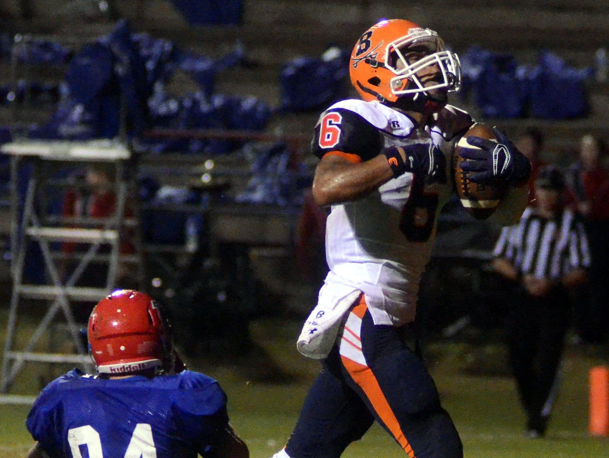 Beech junior Alex Vanzant celebrates after scoring a second-quarter touchdown at Lincoln County.