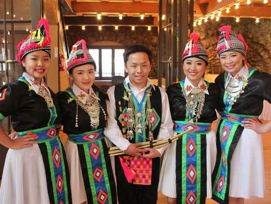IMG_Lao_Hmong_music_and__1_1_B0B17GVJ.jpg_20150623.jpg