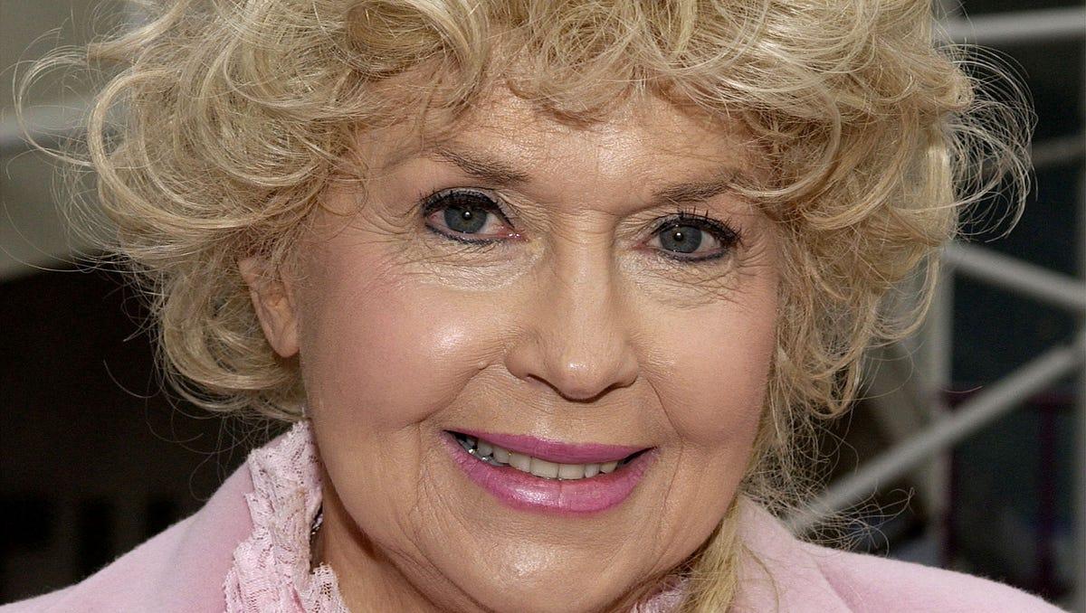 Allen Warwick Porn beverly hillbillies' star donna douglas dies at 81