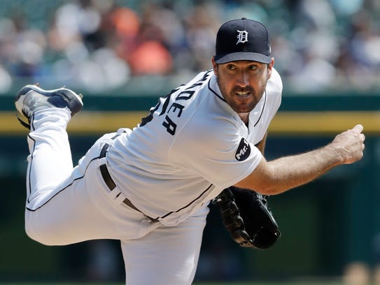 Tigers' Justin Verlander throws during the fifth inning