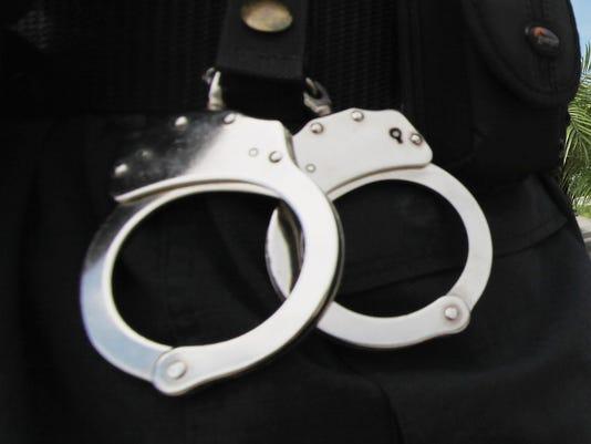 -handcuffs.jpg_20140709.jpg