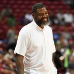 Former UK player Walter McCarty named Evansville basketball coach