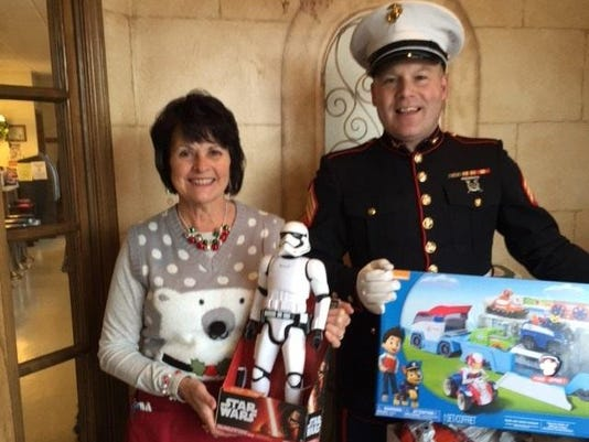 KEW 1104 Toys for Tots 2017