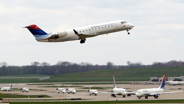 A Delta jet takes off from Cincinnati-Northern Kentucky