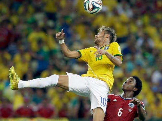 Brazil Soccer WCup Brazil Colombia (2)