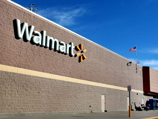 -Wal-mart sign pic.jpg_20141215.jpg