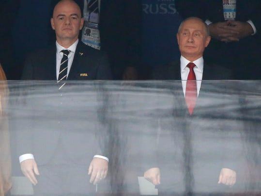 APTOPIX_Russia_Soccer_WCup_Russia_Saudi_Arabia_60440.jpg