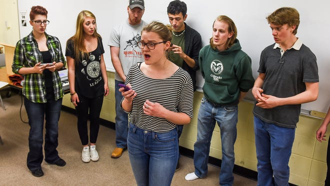 CSU's oldest a cappella group, Resonant Ramblings, performs 'Apologize,' made famous by the band One Republic, during a 2015 practice.