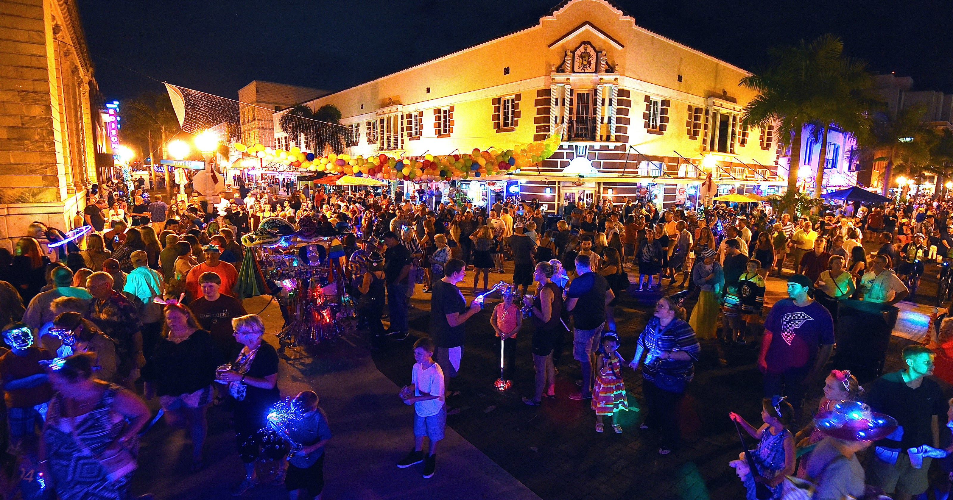 Where To Celebrate New Years Eve 2018 In Fort Myers Cape Coral Naples Punta Gorda Sanibel