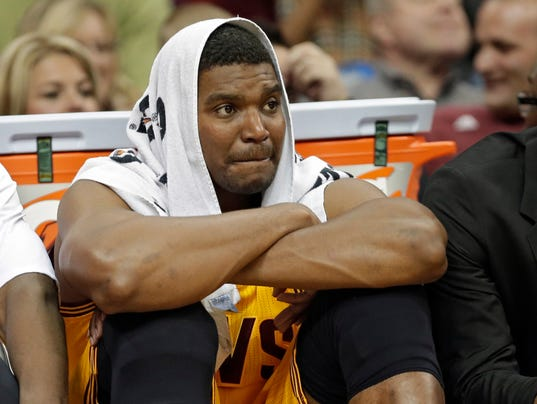 Cavaliers_Bynum_Suspended_Basketball_NY150_WEB087402