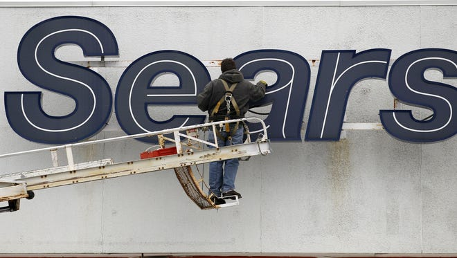 Sears takes more steps to pare down debt and work its way back to profitability.
