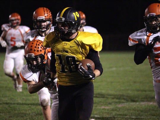 Iowa Valley vs. Lone Tree football Friday, Oct. 13,