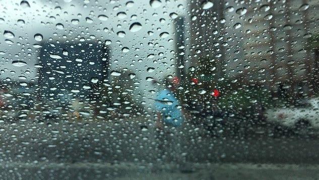 Rain falls in the Phoenix area on Thursday, Sept. 22, 2016.