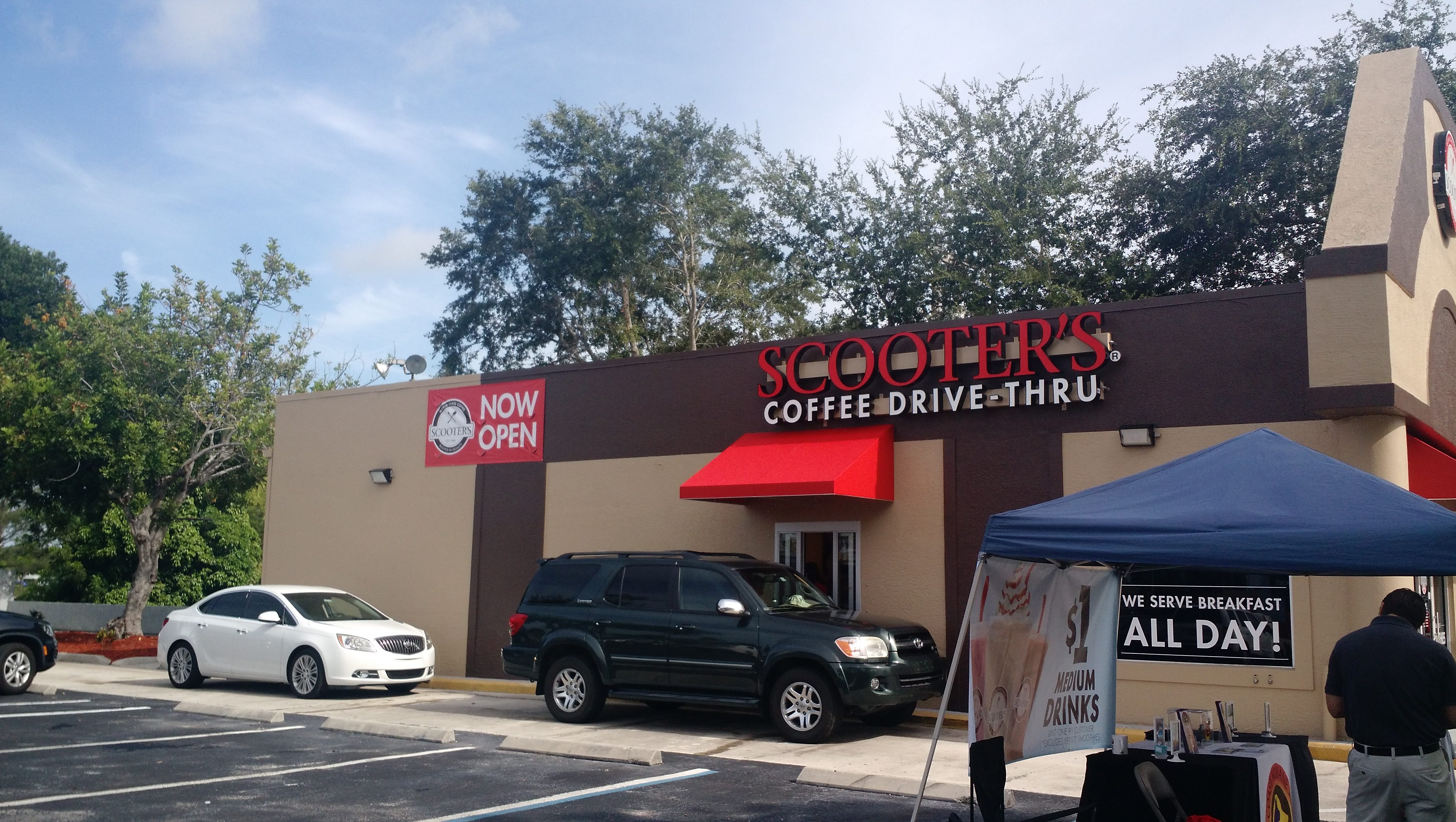 Midwest Staple Scooter S Coffee Opens In Cape Coral