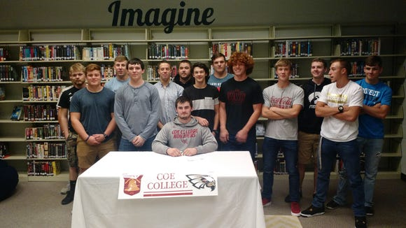 North Buncombe senior David Maynor has signed to play college football for Coe (Iowa).