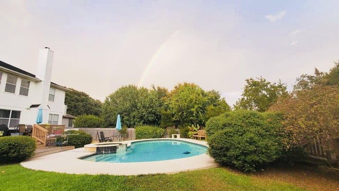 Garrett Culver and Kayla Dunster's Round Rock pool is available for rent on Swimply.