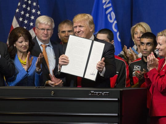 Trump touts manufacturing, ëBuy American, Hire Americaní in Wisconsin