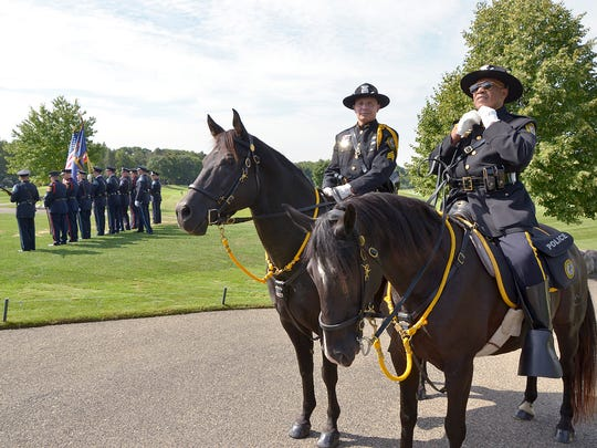 Franklin Police mounted police Sgt. Jim Hirshfeld and