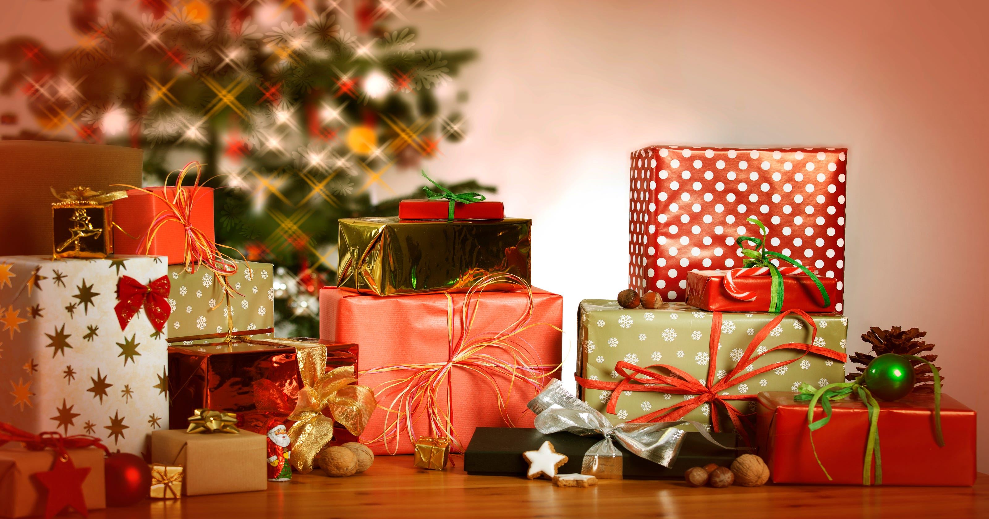 its not exactly gold frankincense and myrrh - Gold Frankincense And Myrrh Christmas Gifts