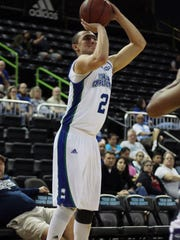 The Islanders' Cole Martinez knocks down one of his three 3-point shots on his return to the court against Central Arkansas during their Southland Conference game on Saturday, Jan. 14, 2017.