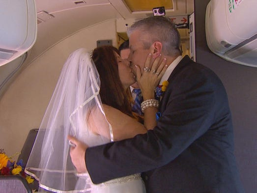 Dottie Coven and Keith Stewart got married in-flight