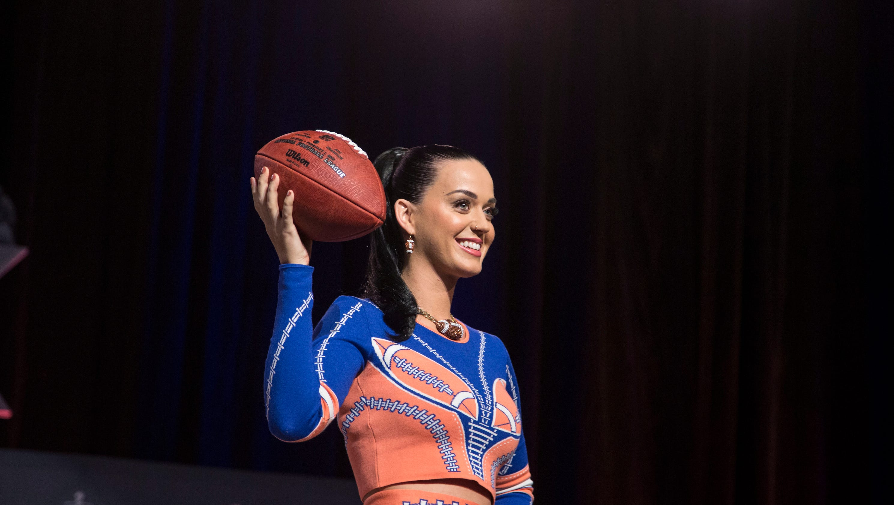 Katy Perry drops hints about Super Bowl halftime show