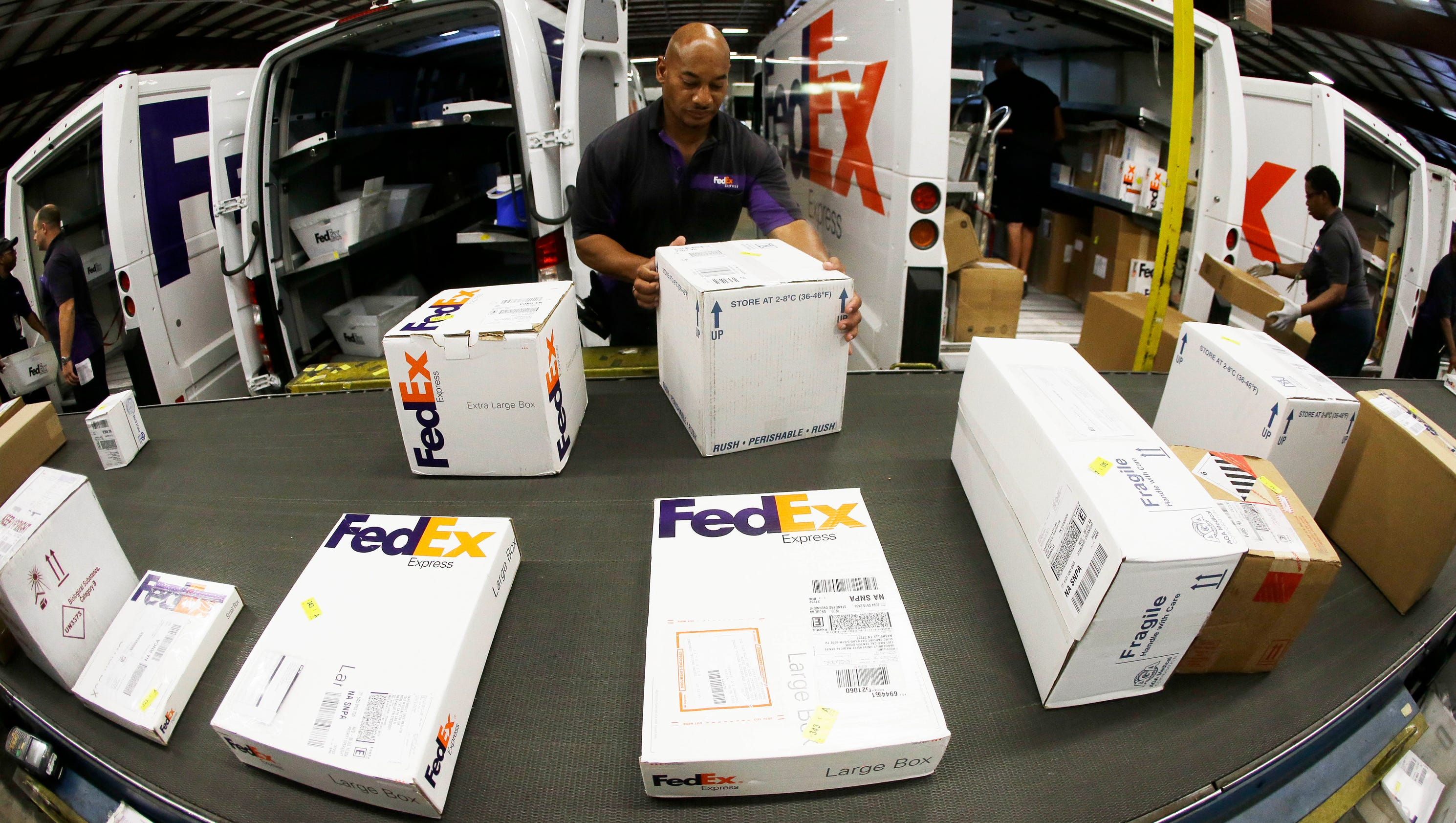 technology delivers at fedex Much of the need for advanced technology as far as fedex is concerned comes down to balancing the supply chain radio-frequency identification tags are a much-hyped.