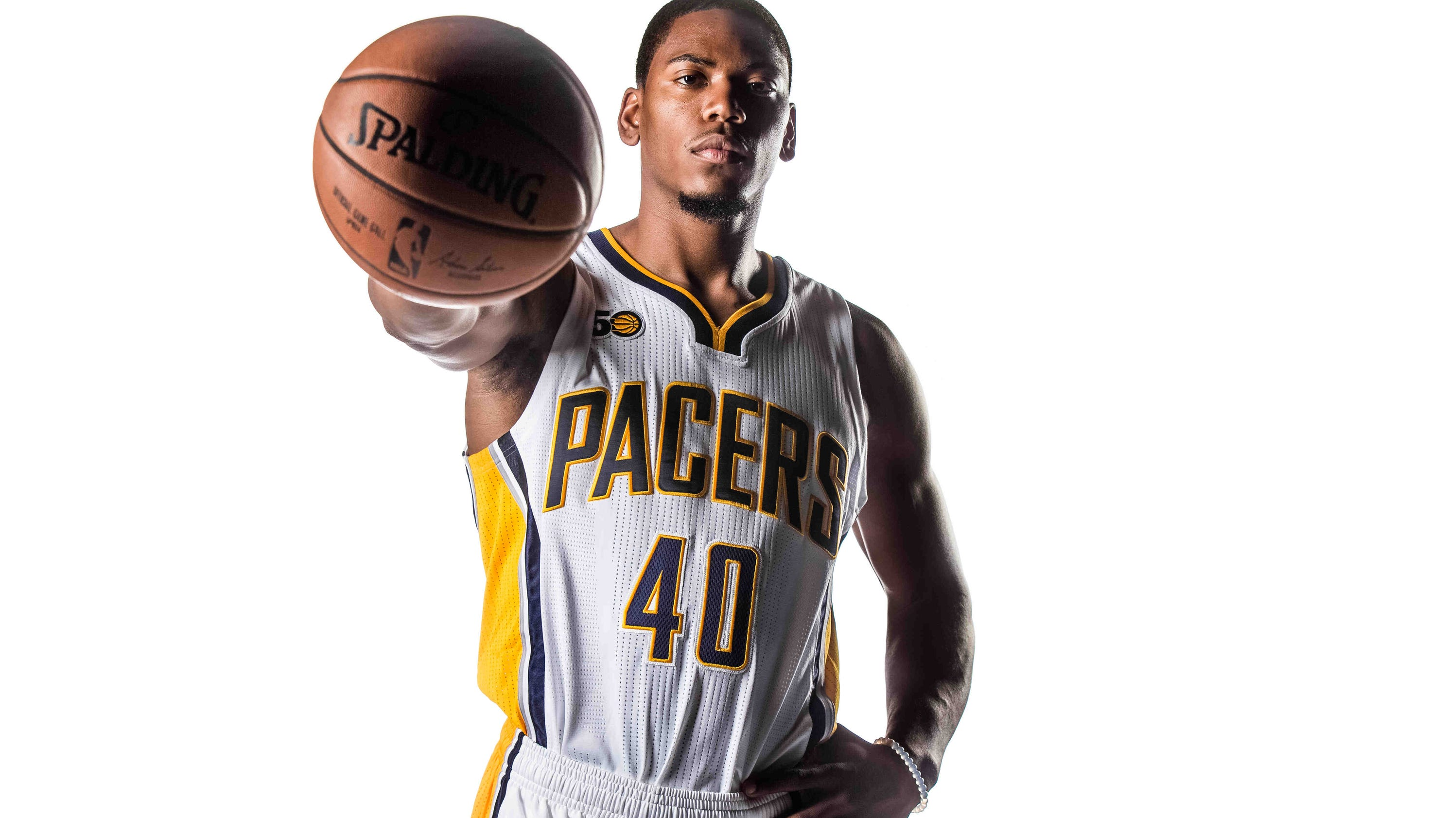 636123955530513129-006-pacers