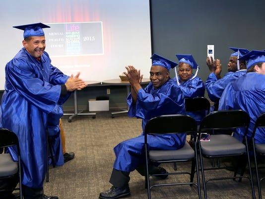 635788060127302259-Graduation-092515-0066-JJT