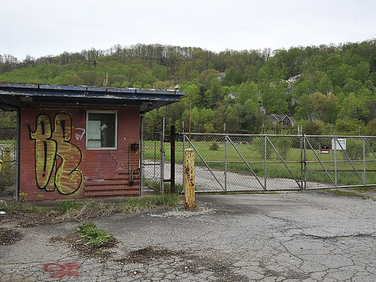 This is the environmental superfund cleanup site at the former CTS plant at 235 Mills Gap Rd. (Photo: Bill Sanders/wsanders@citizen-times.com)