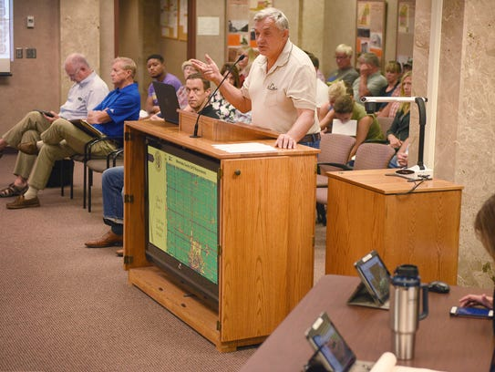 Walt Bones speaks to Sioux Falls county commission