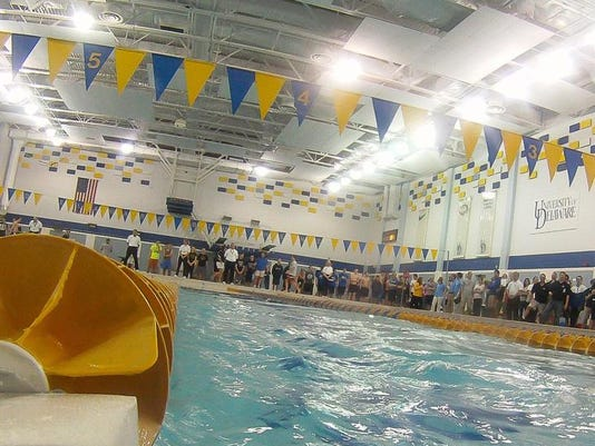swimmingpic0225.jpg