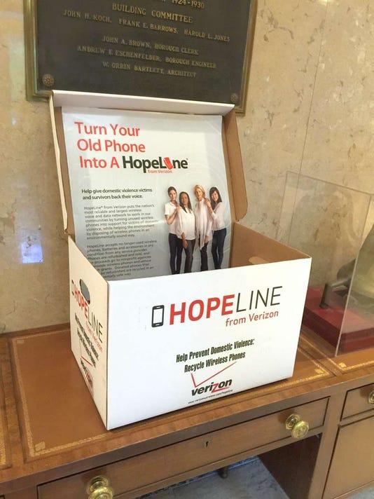 081116-gr-hopelinebox.jpg