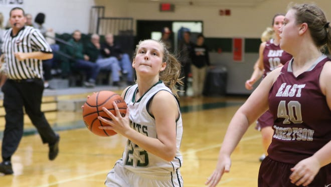 Greenbrier's Amanda Bennett drives to the basket during the Lady Bobcats' 34-26 win over East Robertson.