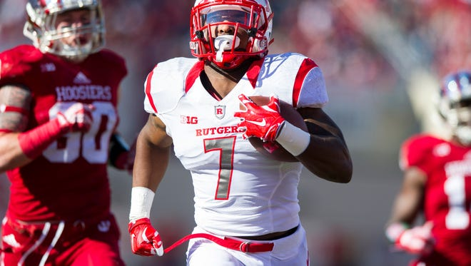 Rutgers running back Robert Martin (7) rushes the ball into the end zone to score during the first half of an NCAA college football game, Saturday, Oct. 17, 2015, in Bloomington, Ind.
