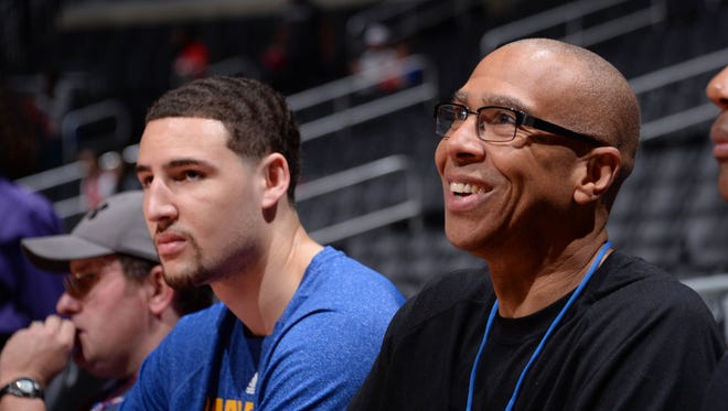 Klay Thompson of the Golden State Warriors and his father Mychal Thompson agree that the Warriors would beat the Showtime Lakers.